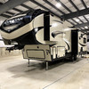 RV for Sale: 2019 COUGAR HALF-TON 27SGS