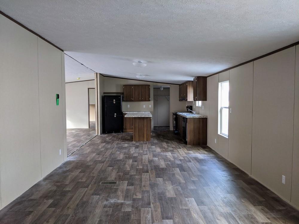 new 4 bedroom clayton open floorplan includes delivery