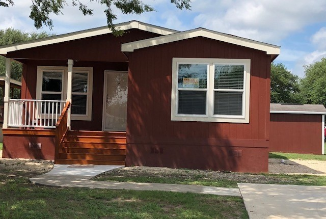 2018 Champion - mobile home for rent in San Antonio, TX 913339 on modular homes texas, log cabin homes houston texas, manufactured homes in texas,