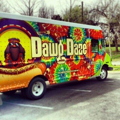 Dawg Daze food truck profile image