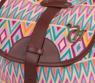 mochila capricho étnica colors detalhe