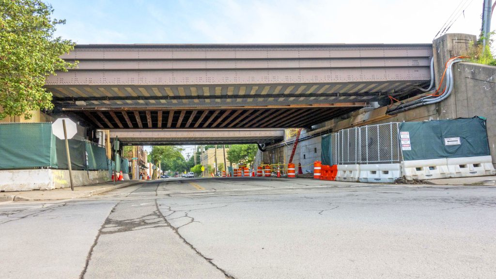New South Tyson Avenue Bridge Successfully Installed - 08-21-19