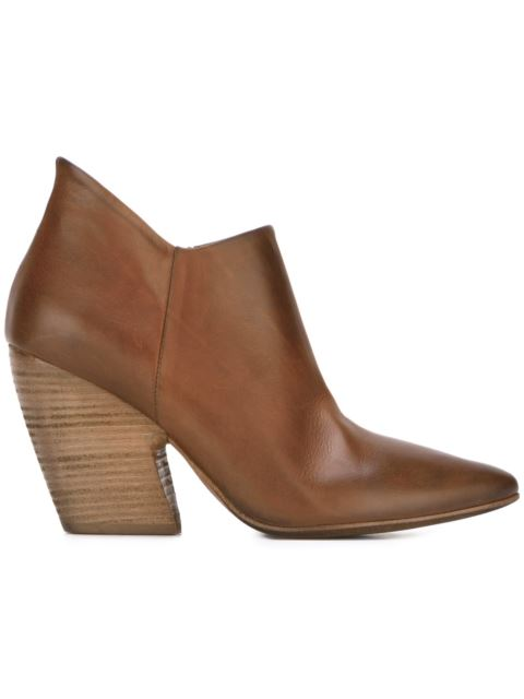 pointed toe distressed boots