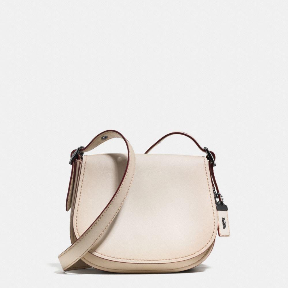 Glovetanned Saddle Bag 23