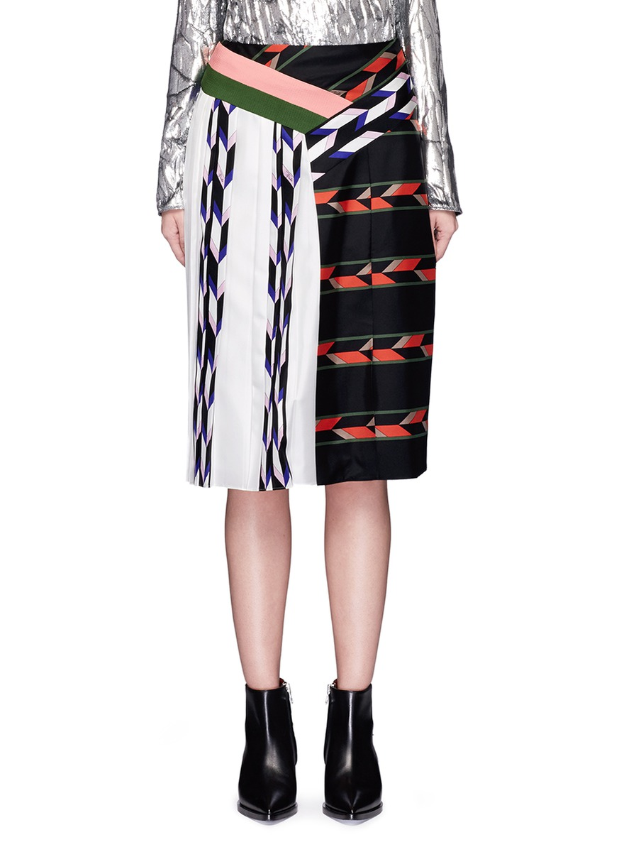 Emilio Pucci Silks Geometric print patchwork pleated skirt