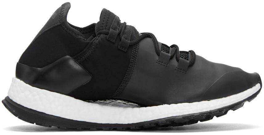 Women's Run X Sneakers in Black