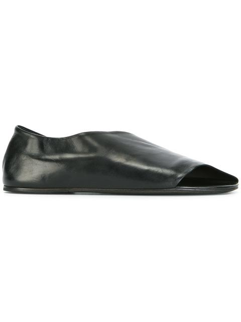 cut-off detailing loafers