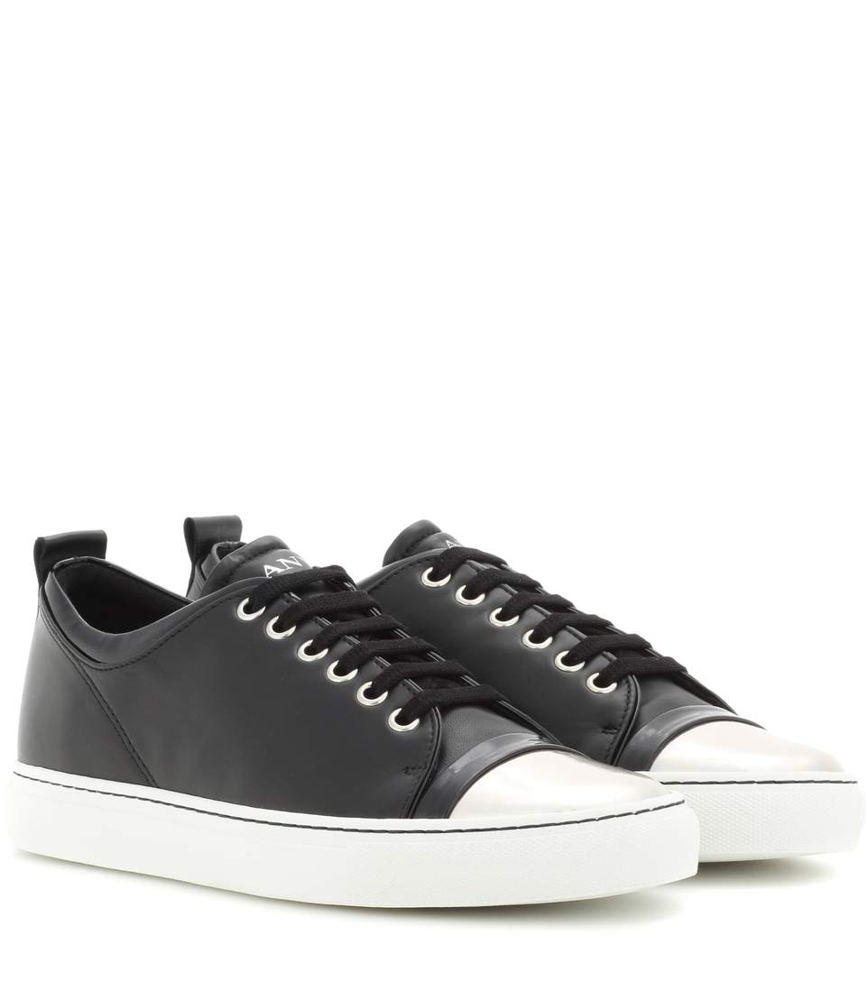 SNEAKERS WITH PATENT LEATHER TOE CAP