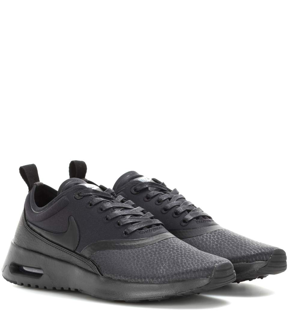 nike air max thea suede trimmed textured knit sneakers. Black Bedroom Furniture Sets. Home Design Ideas