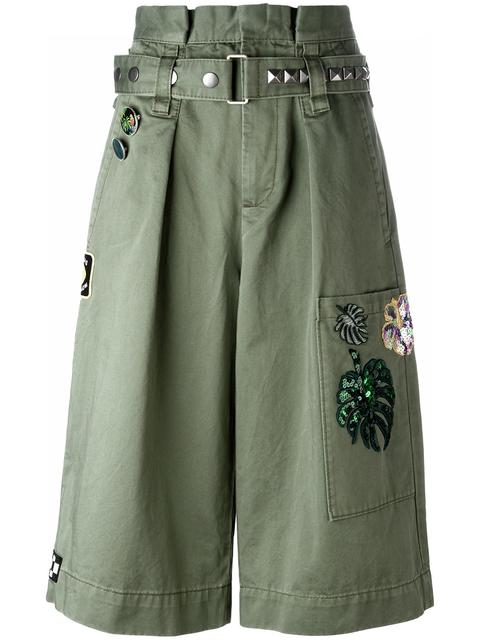 Marc Jacobs Militarys EMBROIDERED LONG CARGO SHORTS