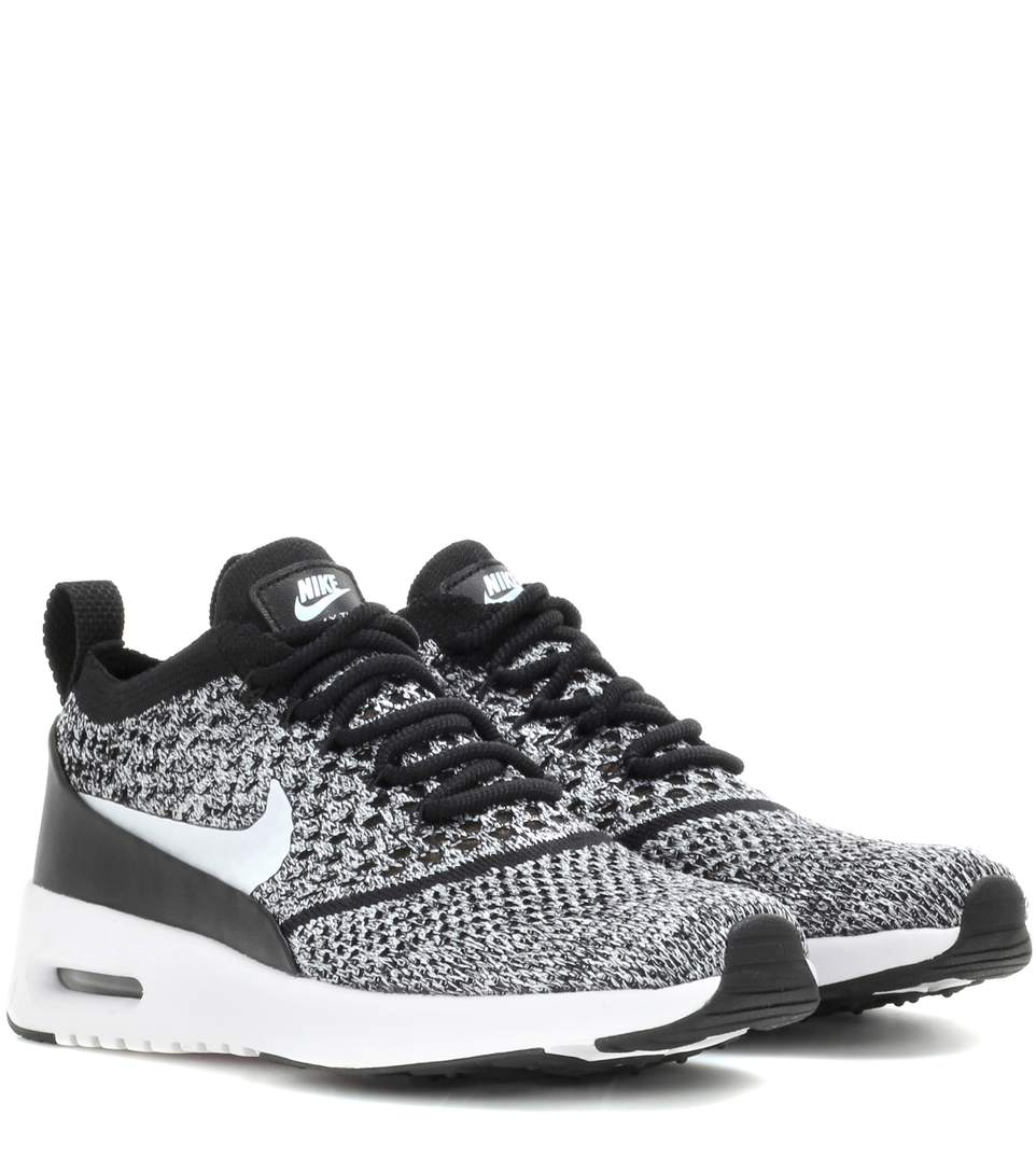 NIKE Women'S Air Max Thea Ultra Flyknit Casual Shoes, Black, Llack