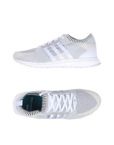 Sneakers, Light Grey