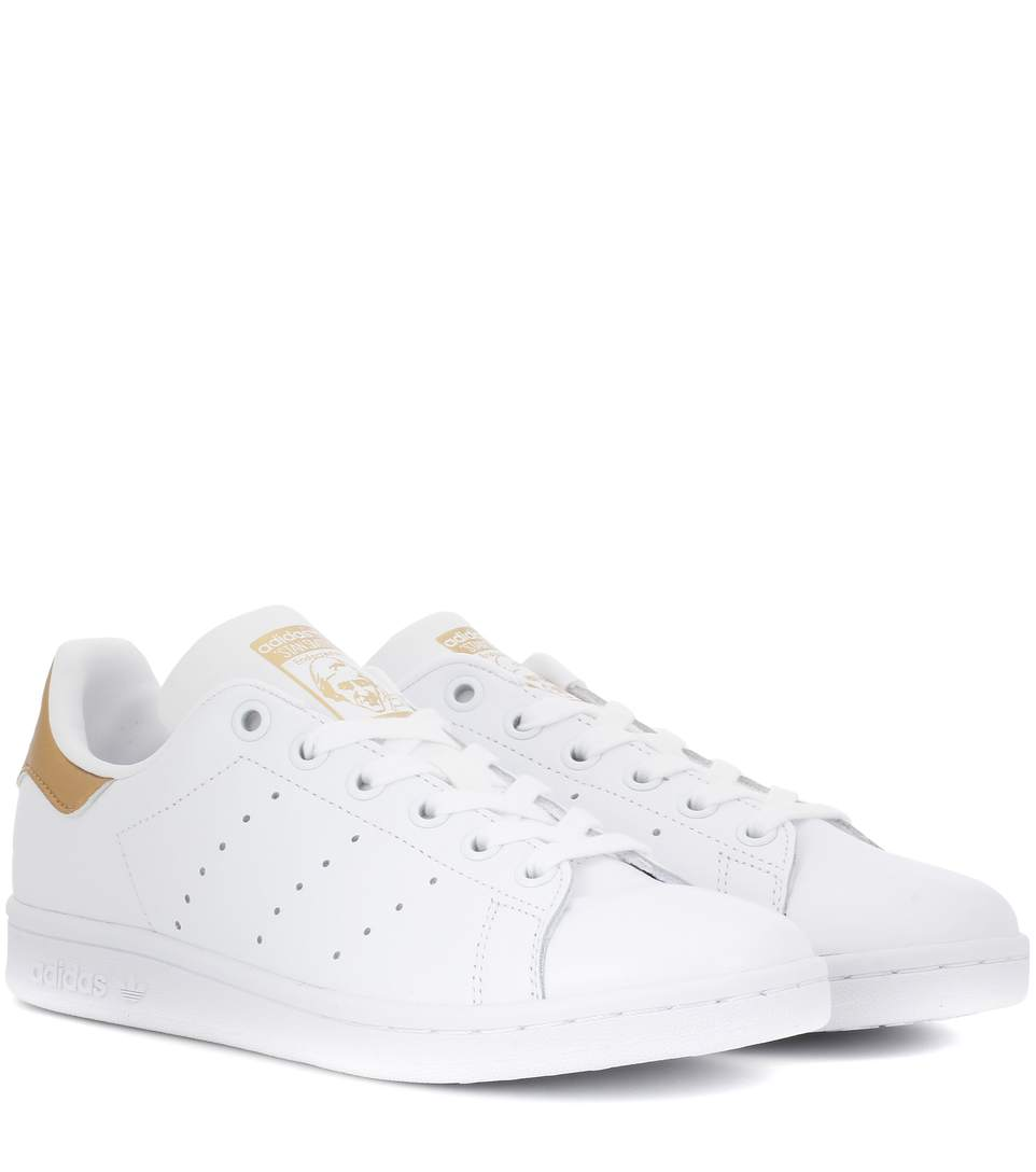 WOMAN STAN SMITH METALLIC-TRIMMED LEATHER SNEAKERS WHITE