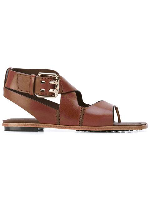 crisscross strap sandals