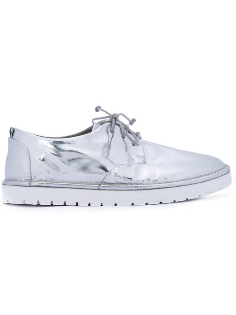 metallic lace-up shoes