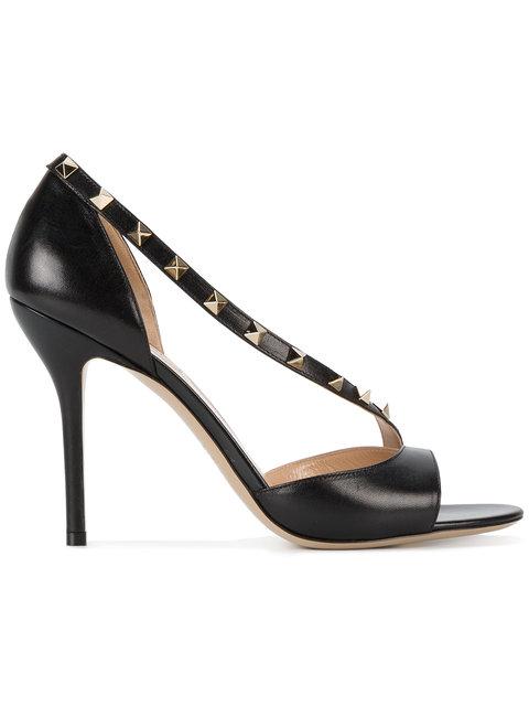 VALENTINO Garavani Rockstud Leather Sandals in Nero Poudre|Nero