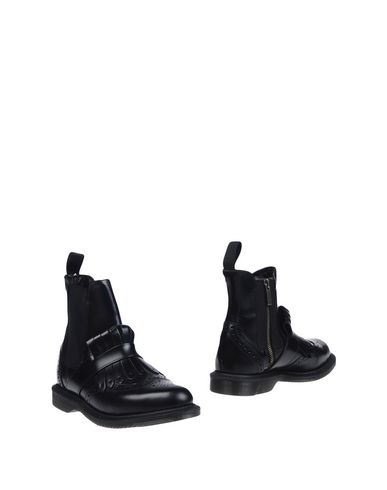 BEATLES DR. MARTENS TINA IN BLACK BRUSHED LEATHER