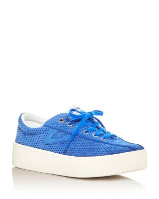 TRETRON WOMEN'S NYLITE BOLD PERFORATED LACE UP PLATFORM SNEAKERS