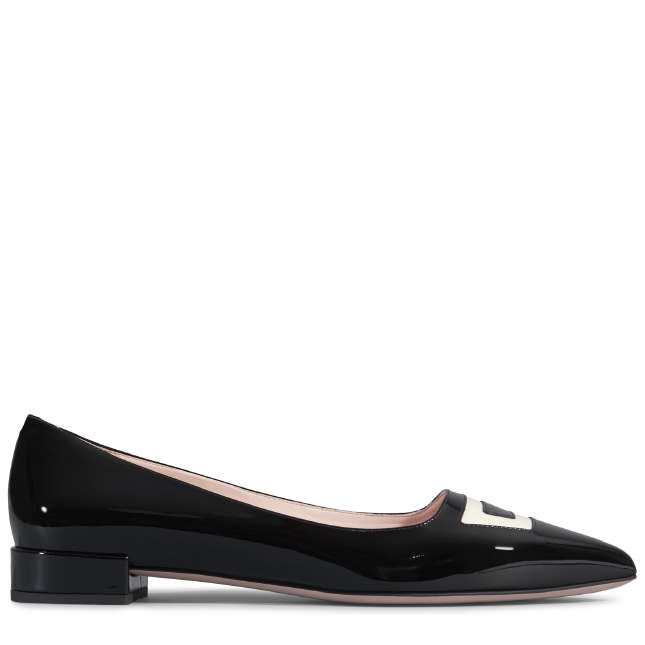 ROGER VIVIER Pointy Ballerina In Patent-Leather in Black+Blanc Cire