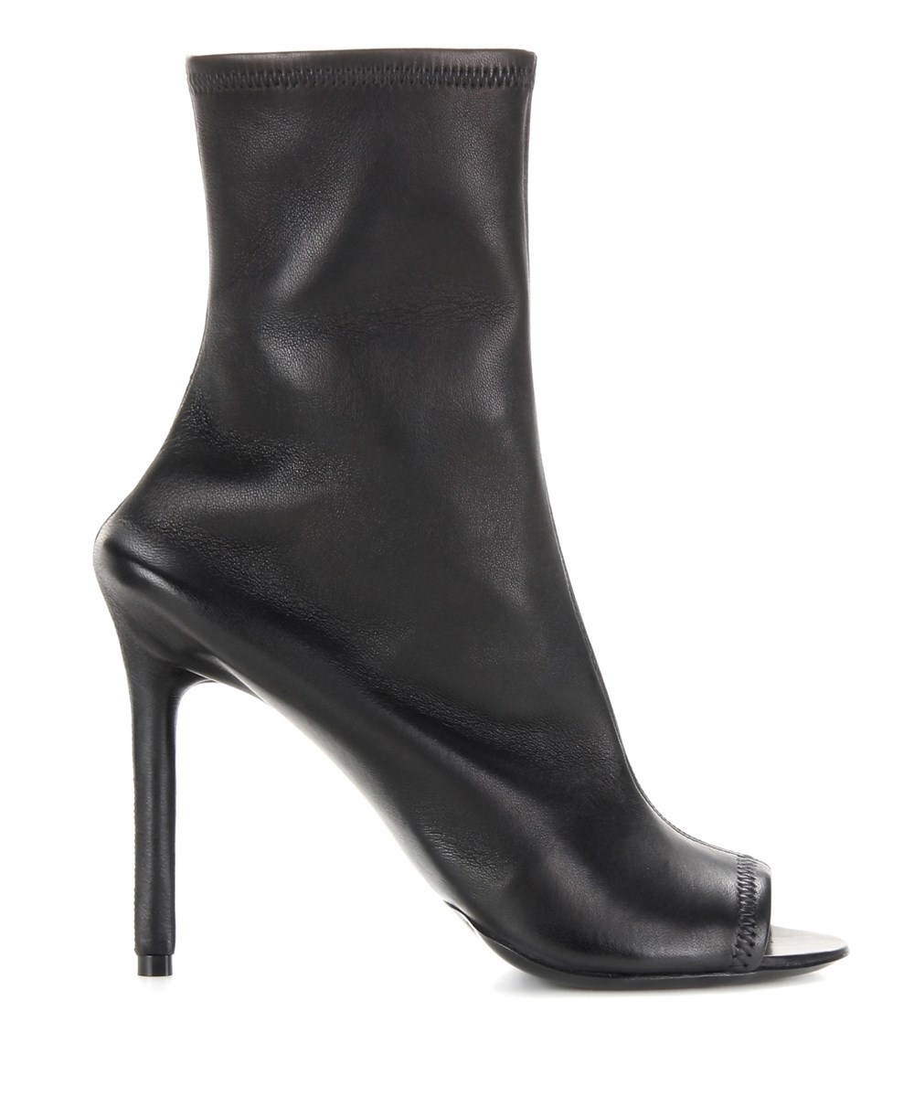 BALENCIAGA WOMEN'S  BLACK LEATHER ANKLE BOOTS