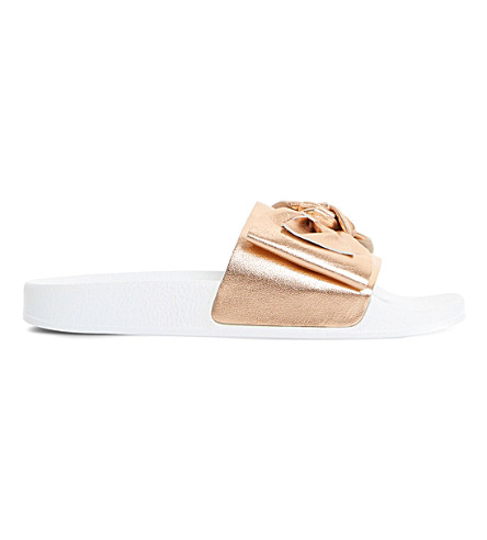 Lovelle bow sliders