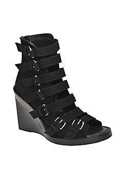 LEATHER BUCKLE SANDALS IN BLACK & SILVER.