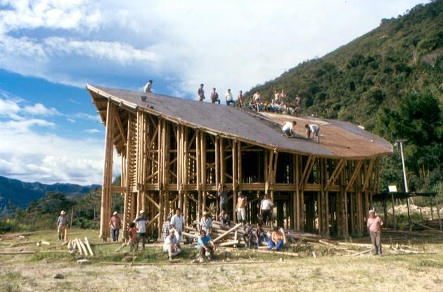 10 construccion casa del pueblo