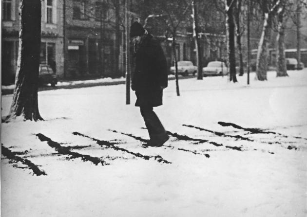 Peter bartot roztyly rastra v snehu  1969 a