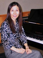Tutor-in-lake-zurich-lily-z-offers-piano-lessons-and-voice-music-lessons-df58b615dc8a-normal