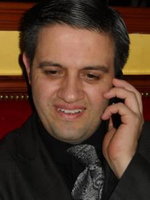 Tutor-in-new-york-alberto-s-offers-french-lessons-and-spanish-lessons-599d7647b1b3-normal