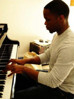 Tutor-in-saint-paul-theo-b-offers-piano-lessons-3c845394e04b-normal