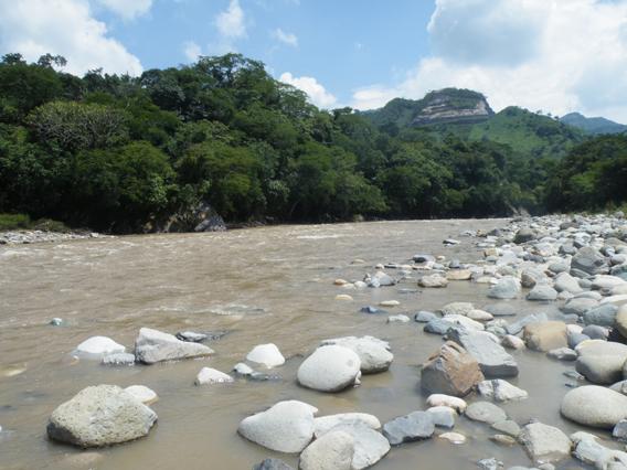 Rio Lempa. Photo by: Robin Oisín Llewellyn.