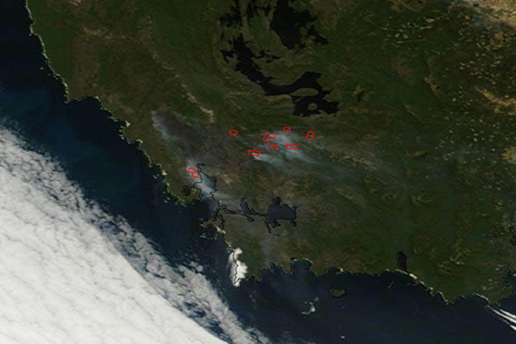 Fires burning in Southwest Tasmania on January 7th. Image taken by the Moderate Resolution Imaging Spectroradiometer (MODIS) on NASA's Terra satellite. Photo by: NASA.