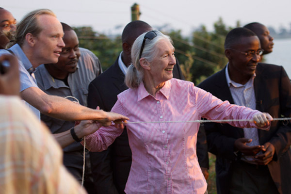 Jane Goodall, joined by WPT Biologist Dr. Rowan Martin and representatives from the Uganda Wildlife Education Center, the Uganda Wildlife Authority, and the Ngamba Chimpanzee Sanctuary, setting free the first group of Grey Parrots. Photo by: © Sherry McKelvie.