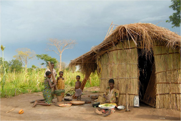 Family living in Niassa National Reserve. Photo by: Niassa Carnivore Project.