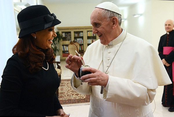 Pope Francis I meets with the president of Argentina, Cristina Fernandez de Kirchne. Photo by: Casa Rosada/Presidency of the Nation of Argentina.