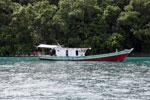 Boat off Peucang Island [java_0412]