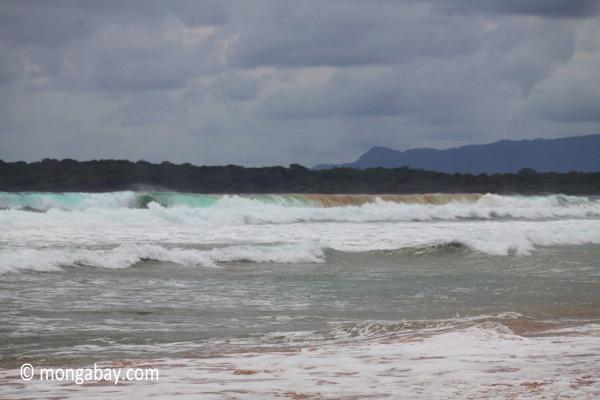 Waves in West Java [java_0821]