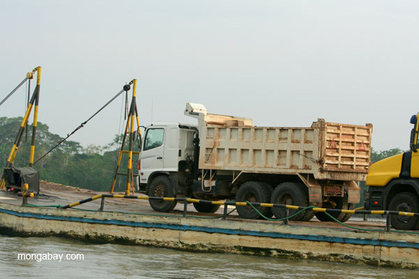 Equipment being transferred on the Napo River in the Ecuadorian Amazon