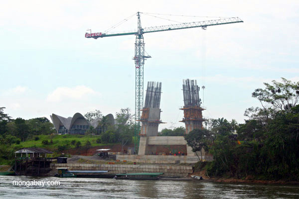 Construction at the harbor of frontier town, Coca, in the Ecuadorian Amazon