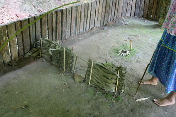 Model of a trap of the Anangu Quichua community in Yasuni National Park in the Ecuadorian Amazon