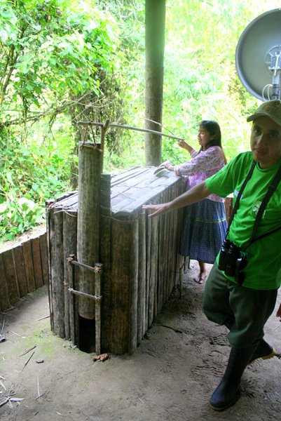 Model of a trap of the Anangu Quichua community in Yasuni National Park in the Ecuadorian Amazon