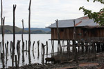 Lake Sentani homes on stilts [papua_1014]