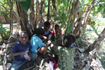 Papuan kids playing a game [papua_5089]