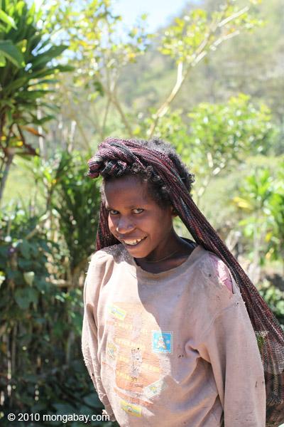 Girl in Anyelma [papua_0191]