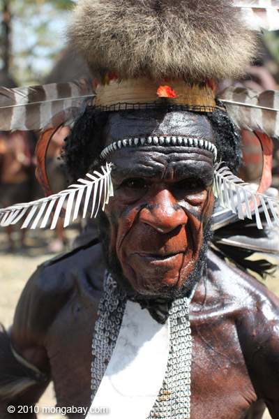 Dani elder in traditional dress [papua_0394]