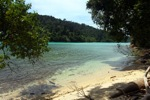 Sapi Island beach -- sabah_0275