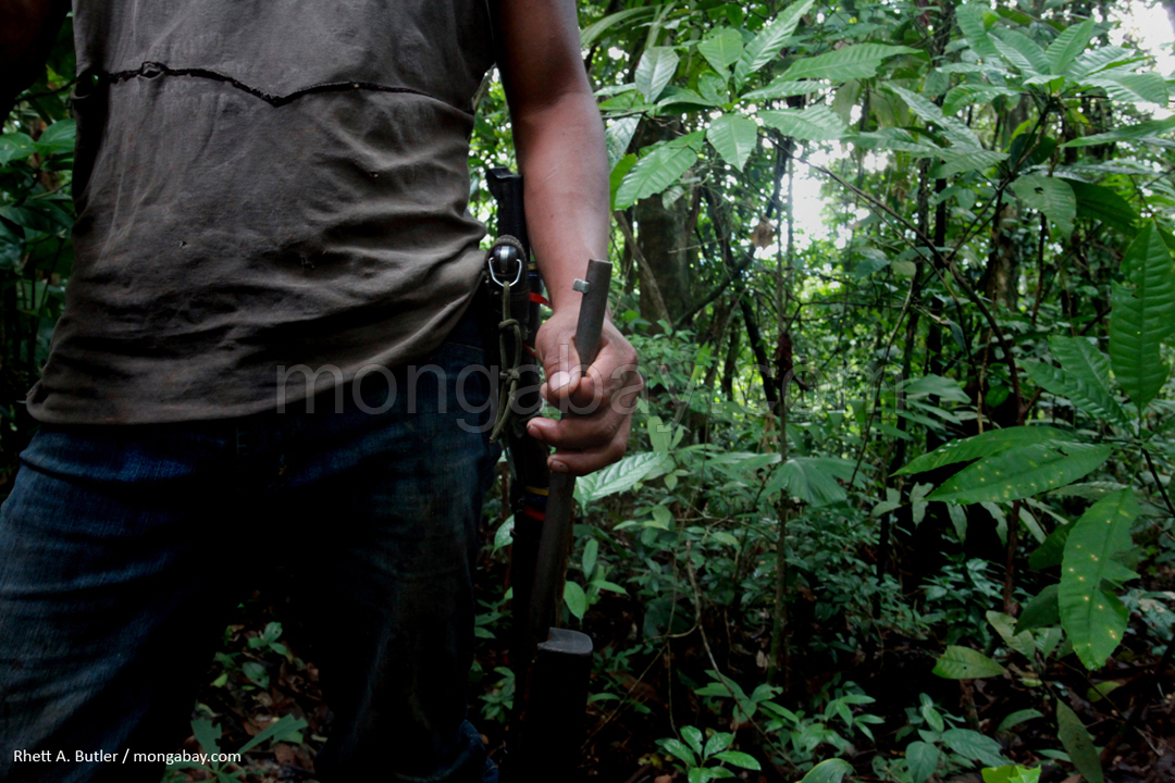 Bewaffneter Jäger in Kolumbien