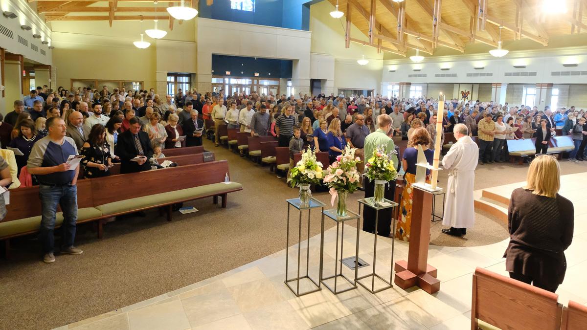 photo: Congregation on Sunday