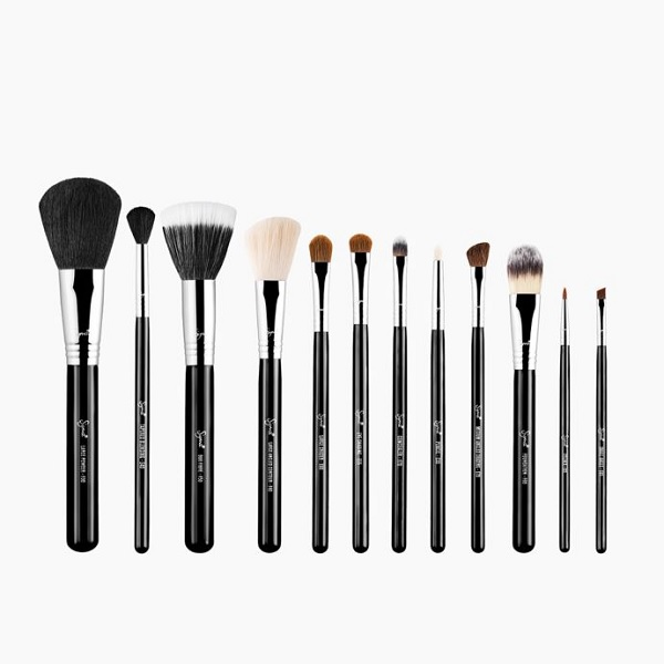 Makeup Artists Say These Are The Best Makeup Brush Sets To
